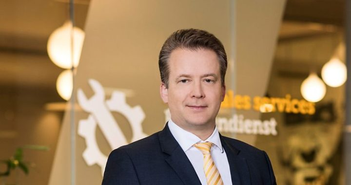 Dr Lars Brzoska
